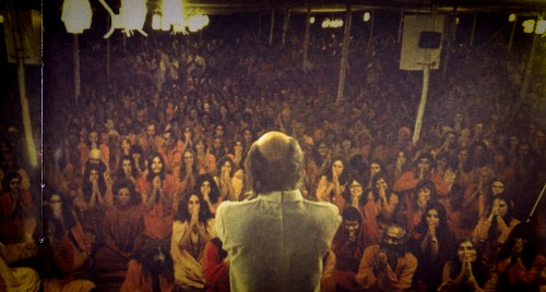 Here's what Netflix's Wild Wild Country doesn't explain about cult leaders