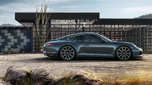 Porsche chooses Apple CarPlay because Google reportedly asks for too much data