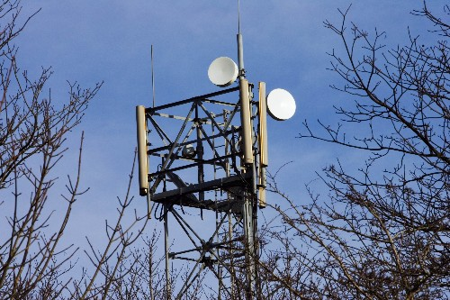 Apple, Google, Facebook and Microsoft petition FCC for super-fast Wi-Fi tethering