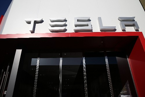Elon Musk denies report suggesting Samsung will supply Tesla Model 3 batteries