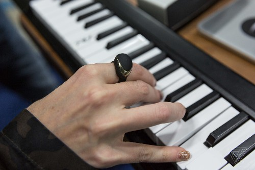 This wireless MIDI ring allows you to perform musical effects with hand gestures