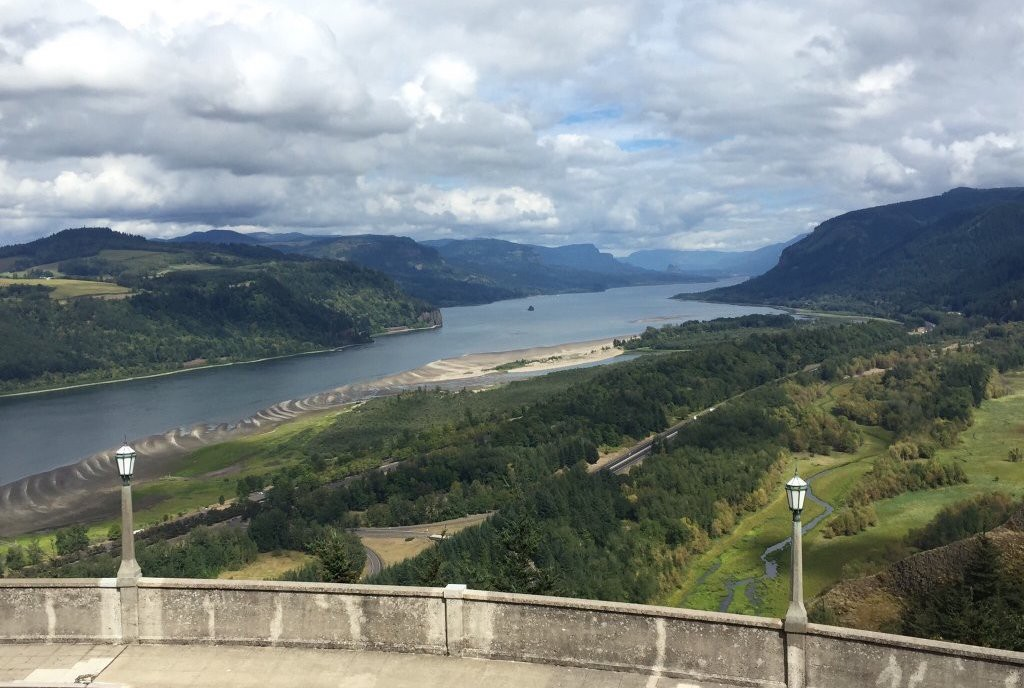 Eat and Drink Your Way Through The Columbia River Gorge