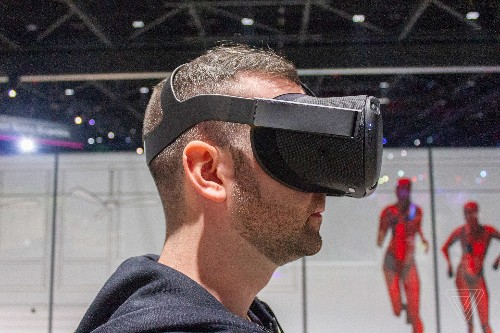 Oculus is trying to make the Quest the only home headset that matters