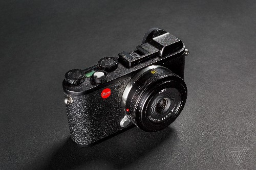 Leica's new CL is a small mirrorless camera with vintage charm