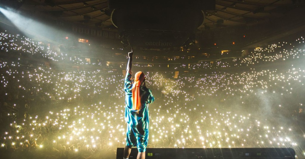Fortnite continues concert series with Anderson .Paak