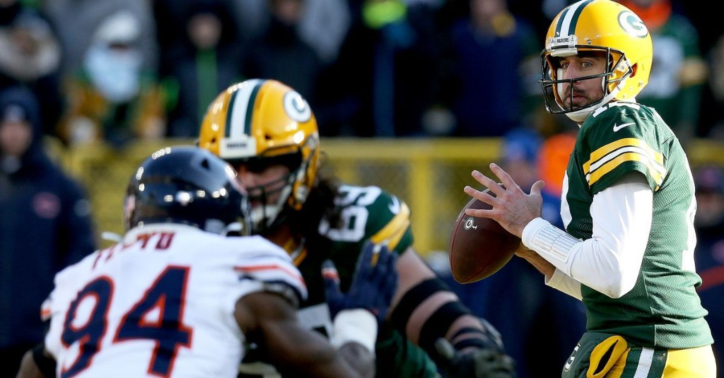 Renaissance man: Bears bracing for Aaron Rodgers