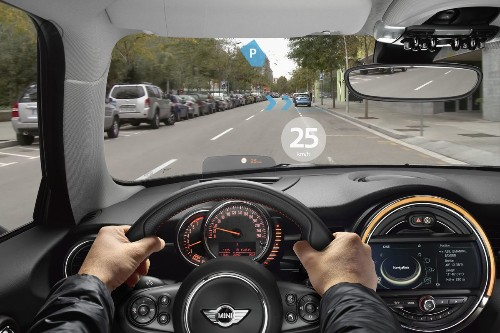 BMW's Mini Demos Augmented Reality Glasses for Drivers