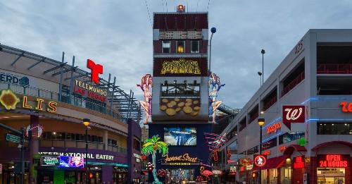 How To Eat and Drink Your Way Through Downtown Las Vegas in 24 Hours