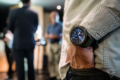 Samsung will release its Gear S3 smartwatch in the US on November 18th