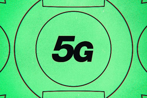 The FCC says 5G is safe, again