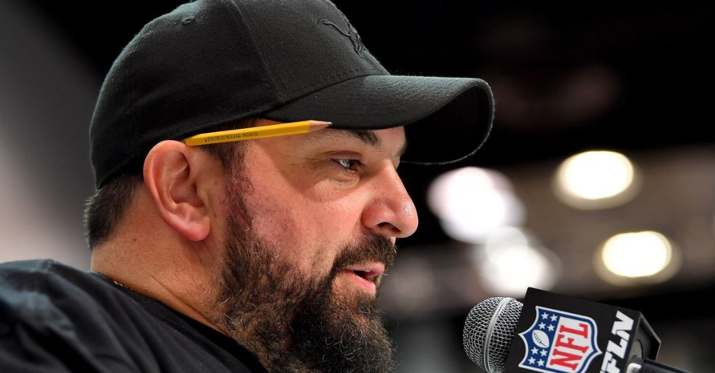 Notes: Peter King says Matt Patricia 'looks done' already