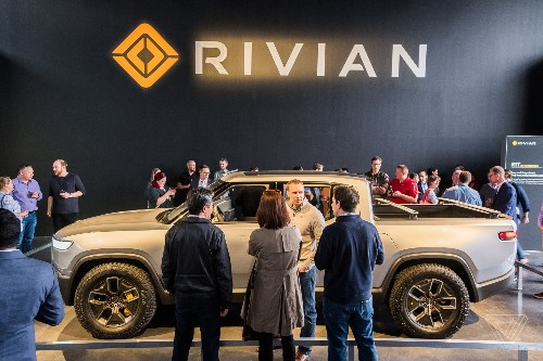 Lincoln will build an electric vehicle using EV startup Rivian's tech