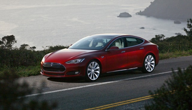 Tesla says faulty acceleration allegation is 'completely false'