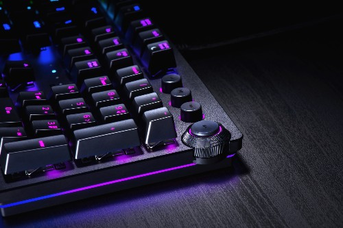 Razer revamps its mechanical keyboards with the Huntsman's new optical switches