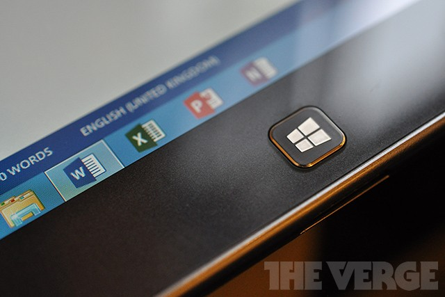 Microsoft puts its touch-friendly Office apps for Windows 10 on hold