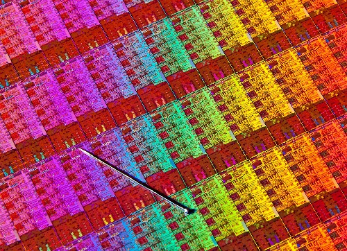 The world's smallest transistor is 1nm long, physics be damned