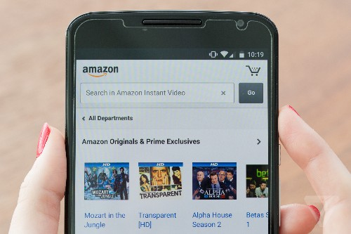 Amazon challenges YouTube by offering uploaders a cut of the ads