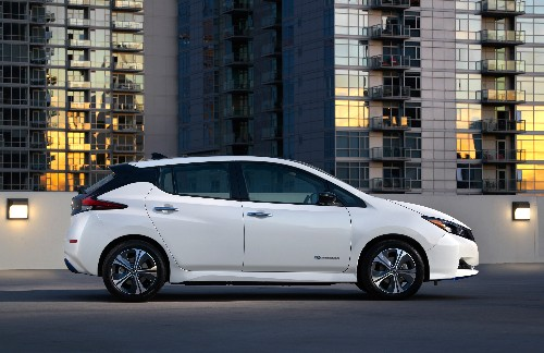 Nissan's new Leaf goes more than 200 miles on a charge