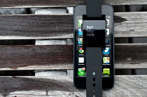 iOS 7 massively expands Bluetooth support for smartwatches, fitness trackers, other devices