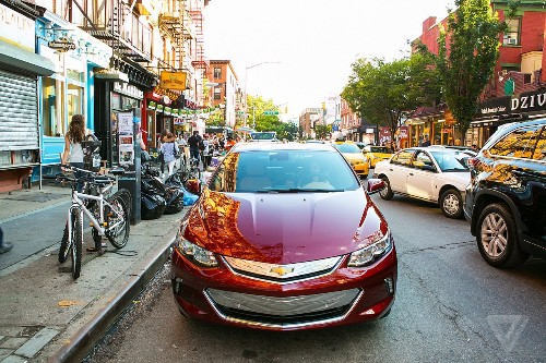 The 2017 Chevy Volt makes plug-in hybrids feel normal
