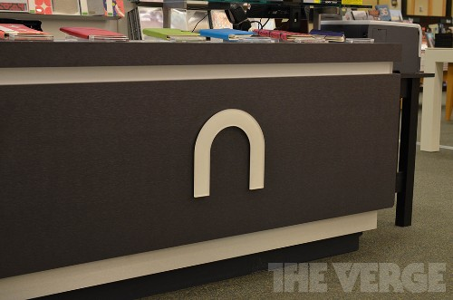 Not dead yet: Barnes & Noble will release new Nook tablet this year