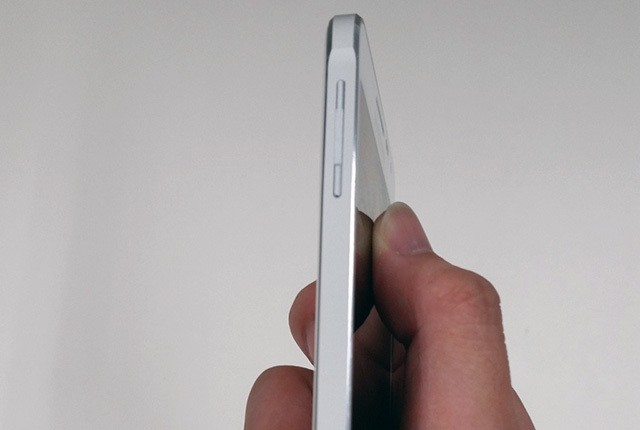 Samsung's next Galaxy may have chamfered edges like the iPhone