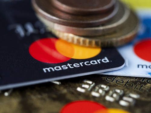 Good Samaritan notifies owner of lost wallet via message hidden in bank deposits