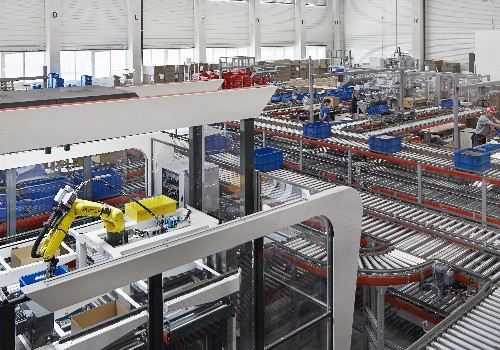 AI-powered robot pickers will be the next big work revolution in warehouses