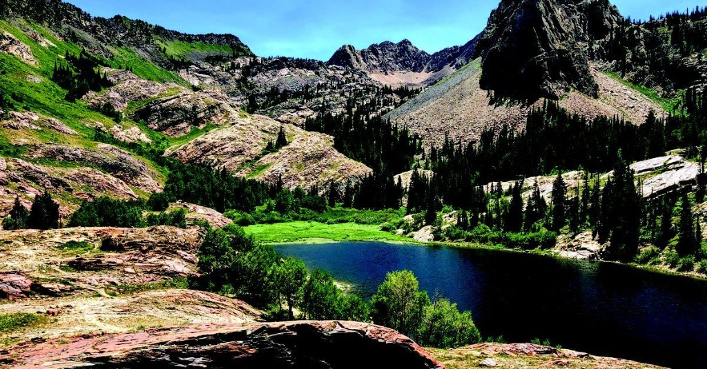 Utah geologists showcase state's scenic wonders through yearly calendar