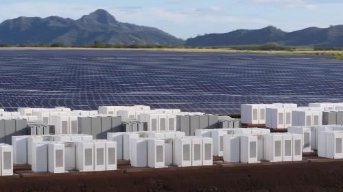 Tesla built a huge solar energy plant on the island of Kauai