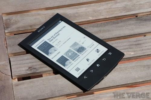 Sony pulls the plug on e-readers