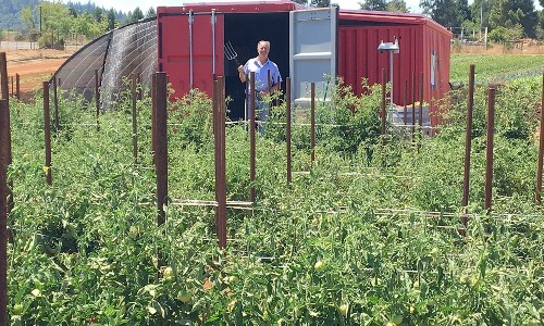 Startup's 'Farm From a Box' kit grows enough food for 150 people