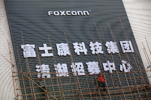 Foxconn cuts 60,000 factory jobs and replaces them with robots