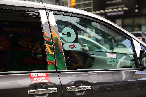 In major defeat for Uber and Lyft, New York City votes to limit ride-hailing cars