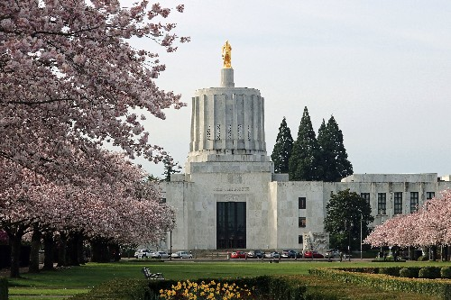 Oregon Republicans to return after a week-long walkout to block a climate bill