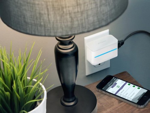 These smart power switches let you use Siri to turn on anything in your home