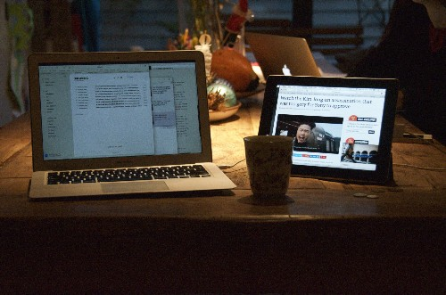 Duet turned my old iPad into a fast MacBook display