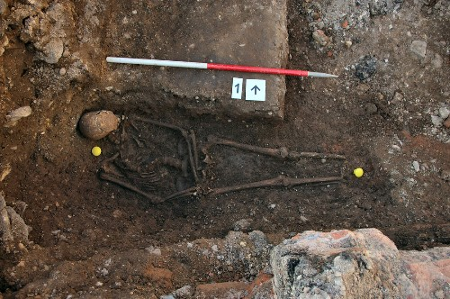 King Richard III was buried quickly, carelessly, and in far too short a grave