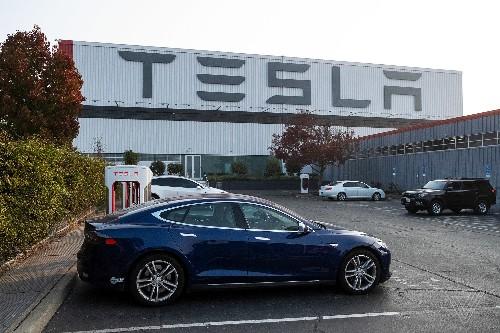 The Verge 2018 tech report card: Tesla