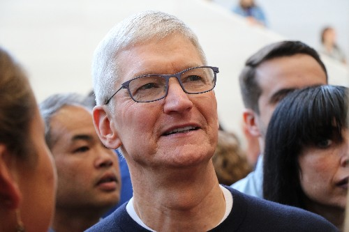Tim Cook to serve as chairman at Chinese business school amid Hong Kong outcry