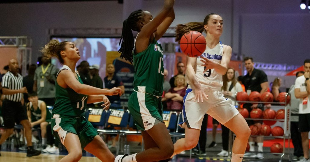 Nika Muhl living out a dream at UConn