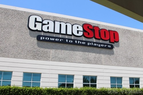 4chan user devises a way to bank through GameStop