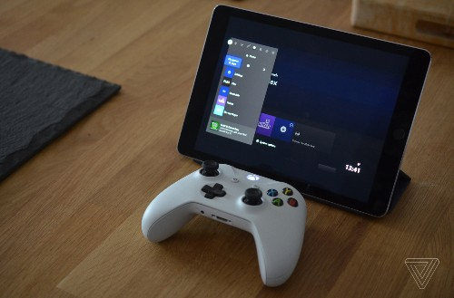 Apple's Xbox and PS4 controller support turns an iPad into a portable game console