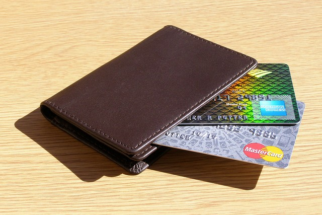 The US is switching from credit card signatures to PINs, but banks need to get on board