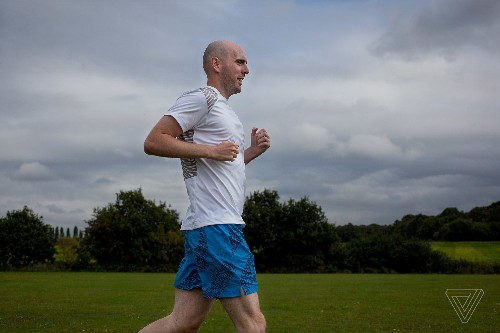 How technology helped a blind athlete run free at the New York Marathon