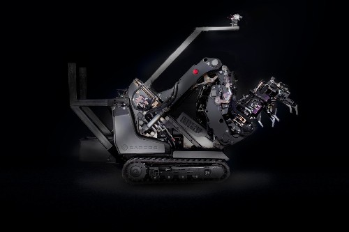 Using this robot gives you monstrously powerful mech arms