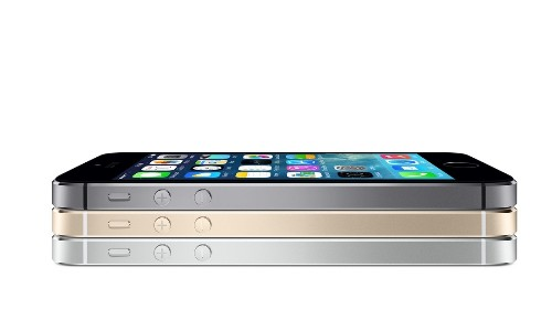 Walmart offers iPhone 5s for $189, iPhone 5c pre-orders for $79 with two-year contract
