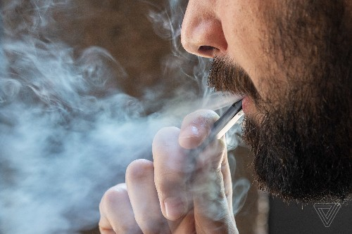 Don't use THC vapes, FDA says, as lung injury death toll increases
