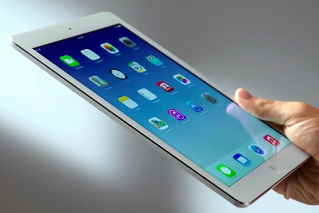 Bryan Cranston now pushing iPads to Apple addicts