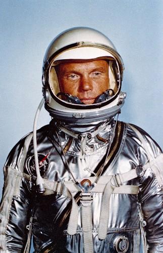 NASA pioneer John Glenn has died